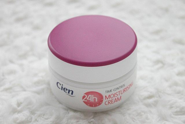 cien moisturising cream time control