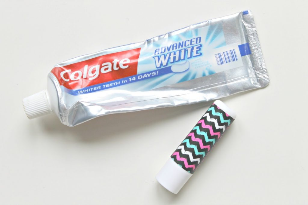 Colgate advanced white tandpasta Primark lip balm vanilla