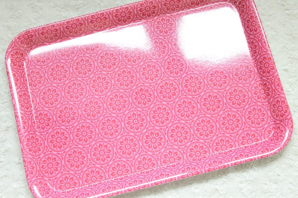 action dienblad melamine roze