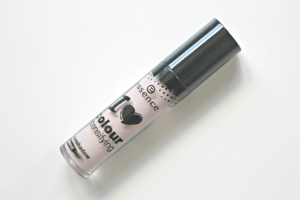 essence i love colour intensifying eyeshadow base oogschaduwbasis beige
