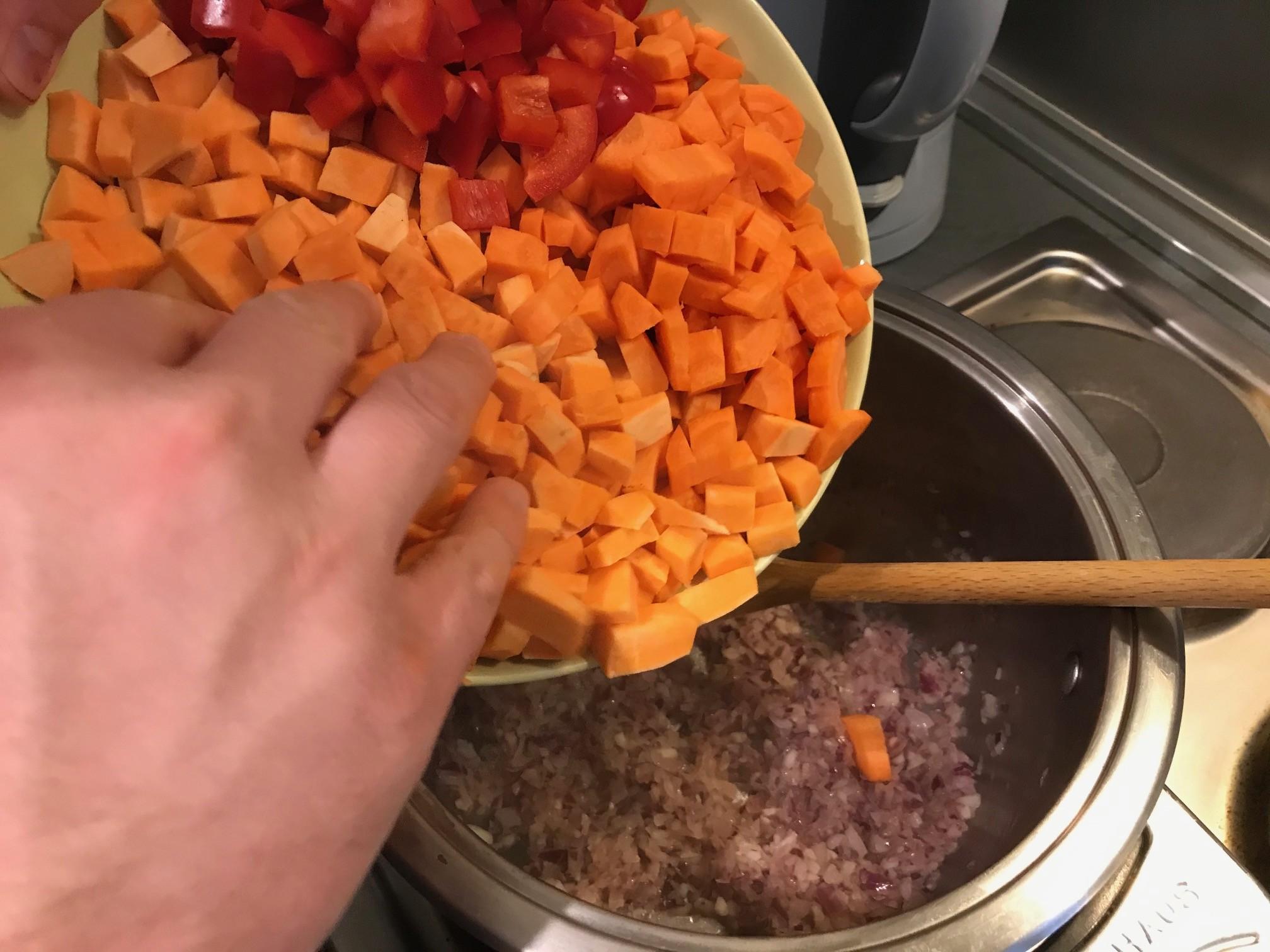 zoete aardappelsoep maken