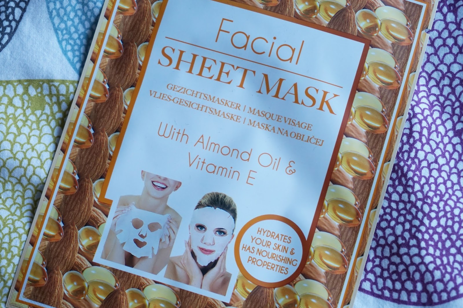 Action facial sheet mask with almond oil & vitamine E
