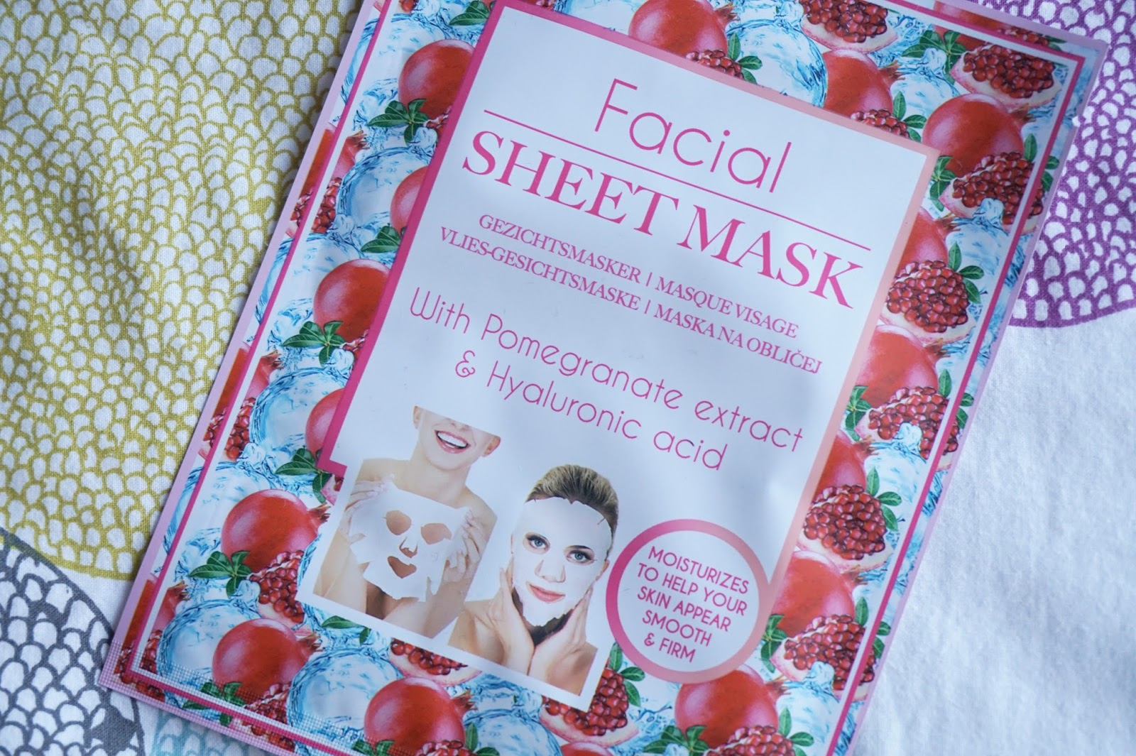 Action facial sheet mask with pomegranate extract & hyaluronic acid