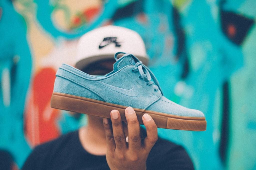 suède schoenen kleur herstellen