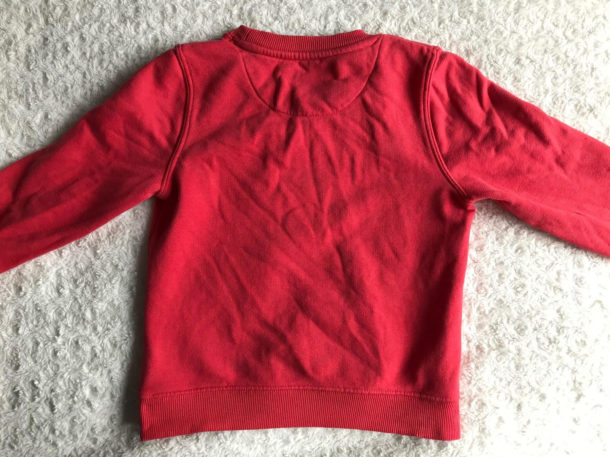 rode trui meisjes