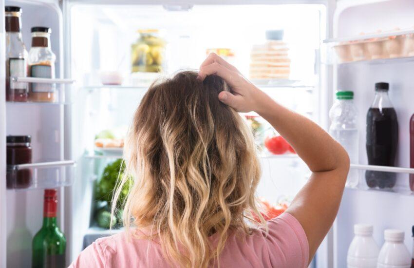 hoe krijg je vieze geur uit de koelkast