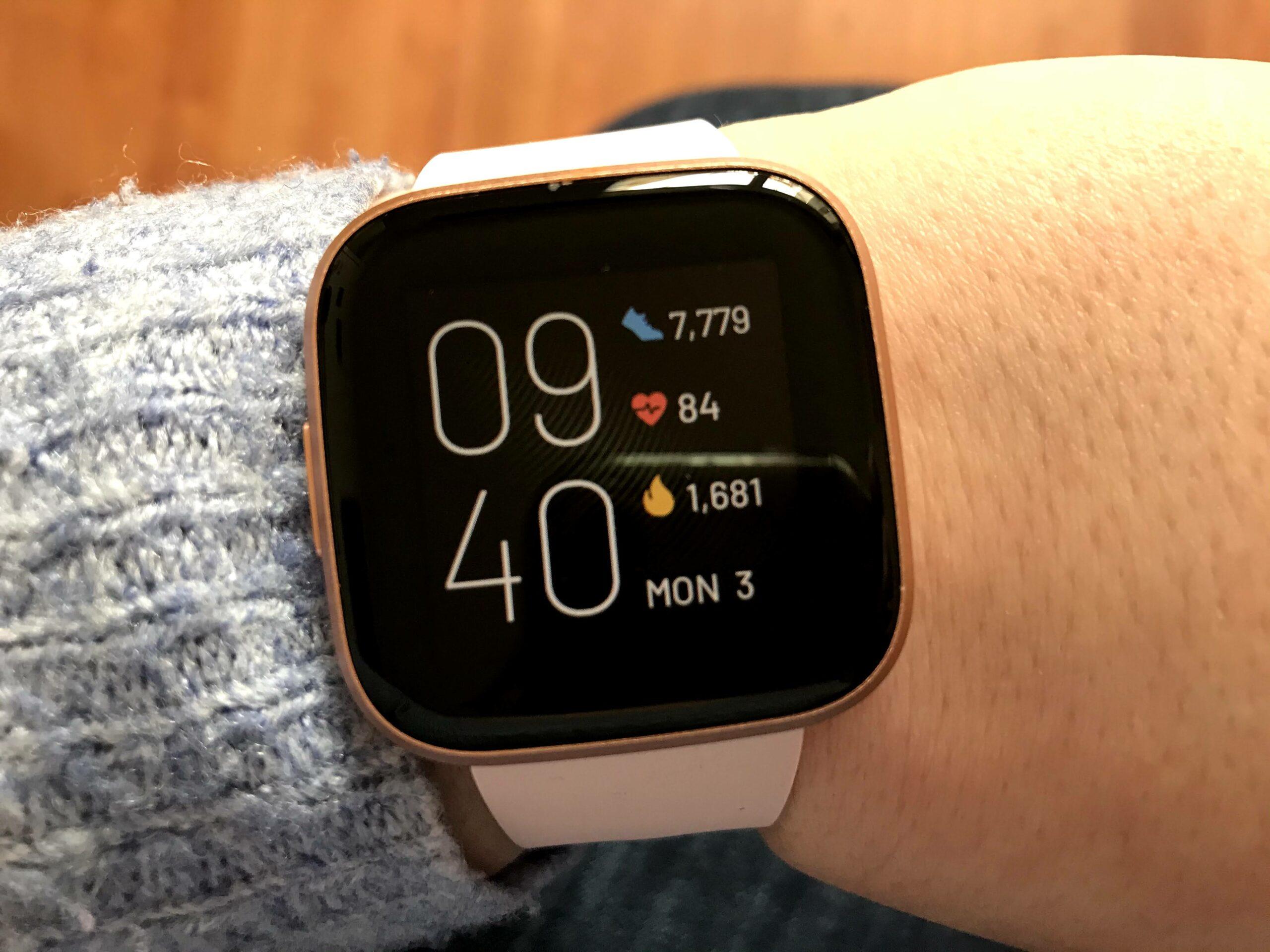 fitbit versa2 smartwatch